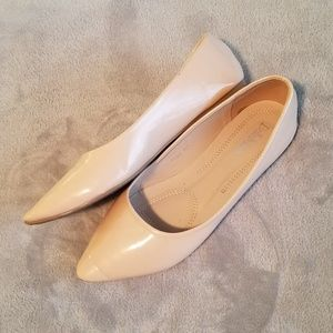 Bella Marie Angie Nude Pointy Flats